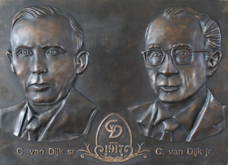 100 jaar van Dijk Plakette